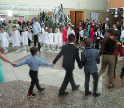новогодний праздник для воспитанников школы искусств