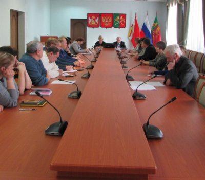 Состоялись публичные слушания по изменениям и дополнениям в Устав Таловского муниципального района