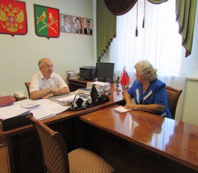 Прием граждан главой администрации района
