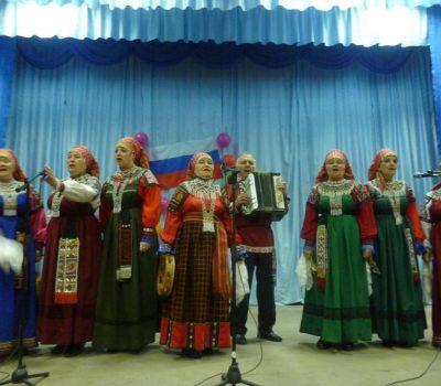 Выездные концерты  народного фольклорного ансамбля «Кладезь»