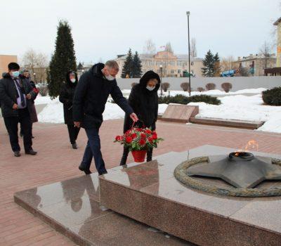 В Таловой состоялась церемония возложения цветов